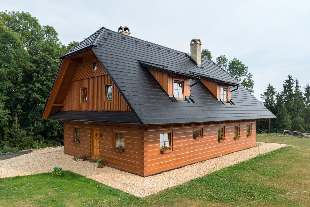 Zděný dům není pro lesníka