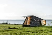 shelters-by-the-sea-lumo-architects-1